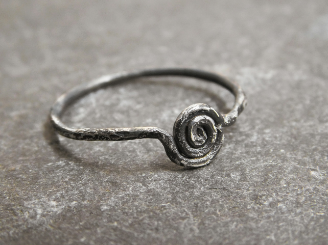 Spiral ring in Blackened Sterling Silver