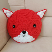 Crochet fox cushion