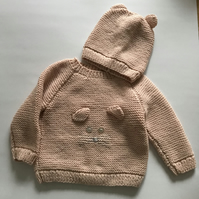 Hand knitted mouse jumper and hat