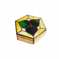 jewelery box, lovely present for your mum ,friend etc.