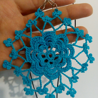 Crocheted earrings and necklace set
