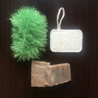 Hamstie and loofah set with soaps