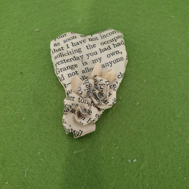 Wuthering Heights papier-mâché and origami book themed jewellery brooch