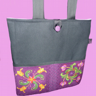 Tote Bag black canvas and purple retro design