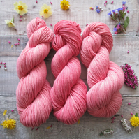 Naturally Dyed DK Yarn