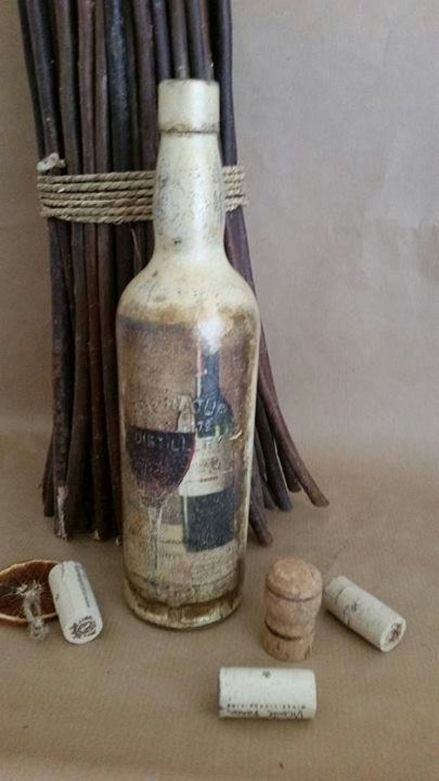 Beautiful Home Decor, Decoupage on Bottles