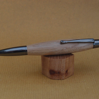 Hand turned click style pen biro ballpoint - Oak with Gun Metal fittings