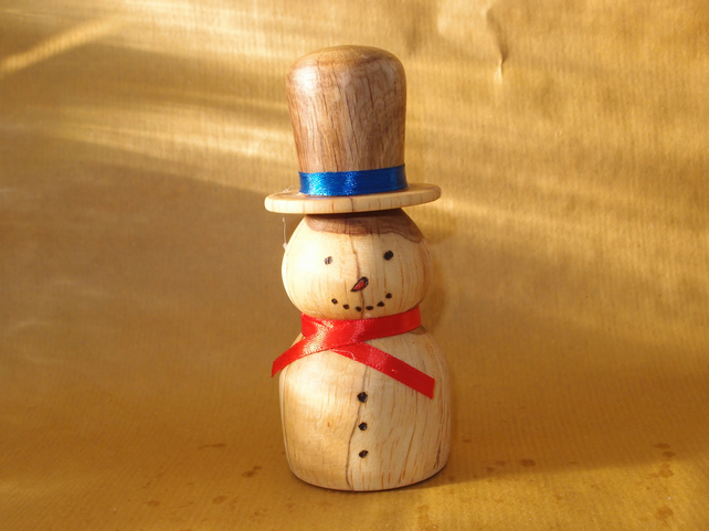 Hand turned Snowman - Christmas decoration