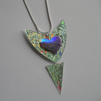 Two piece reflective heart motif pendant