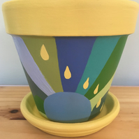 Funky flower pot and saucer.