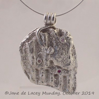 Fine Silver Corrugated Pendant with Cubic Zirconia accents