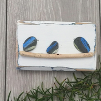 Pebble bluetit palletwood plaque picture