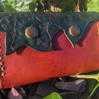 Hand Carved Ivy Leaf Purse