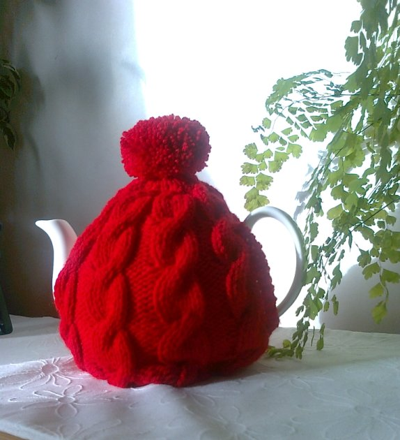Red Knitted Tea Cosy - Traditional Cable fits 4 to 6 cup pot
