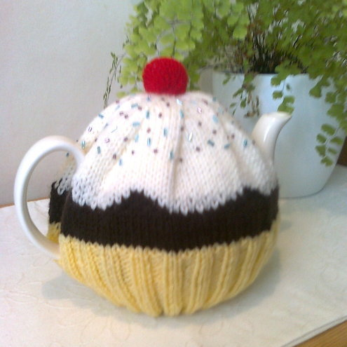Cupcake Tea Cosy / Cozy
