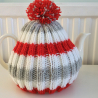 Red and grey striped Tea Cosy - fits up to a 6 cup pot