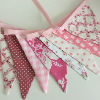 Pink Bunting - 12 flags 8ft long or 2.4m a mix of pink shades