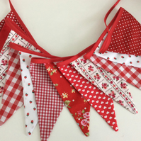 Red bunting - 12 flags pretty floral mix 2.5m inc ties, pretty party decoration