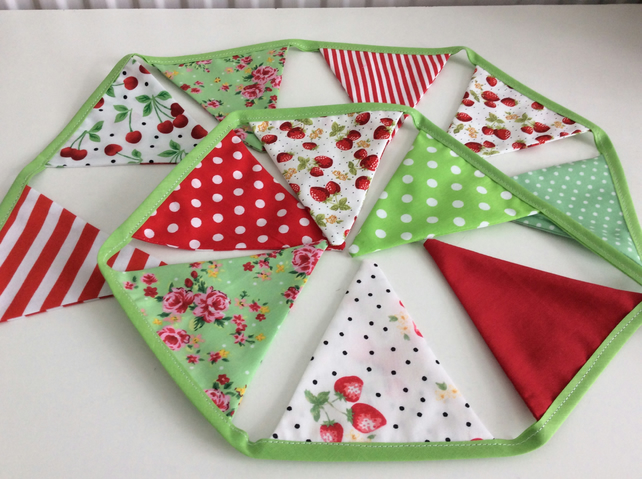 Strawberry Bunting - 12 small flags in red, lime and cream 1.2m of flags