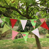 Bunting - 12 small flags in red, lime and cream 1.8m of flags