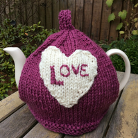 Heart Tea Cosy - Fits 4 to 6 cup pot Valentines Tea Cosy