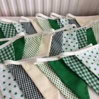 Green and White Long Bunting - 27  flags 17ft or 5.2m long, wedding bunting,