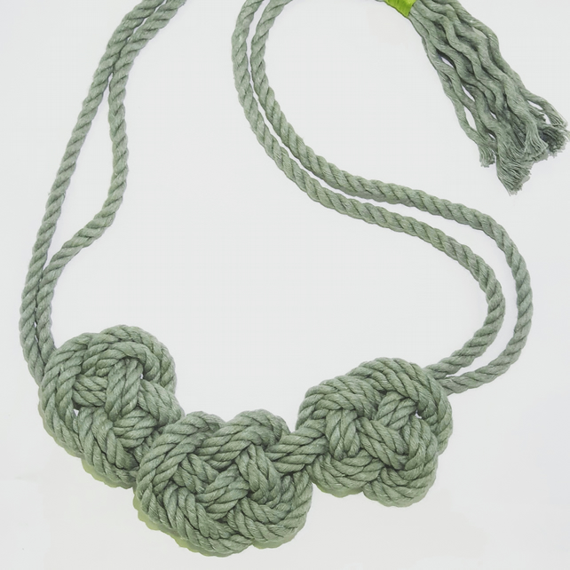 Macrame Necklace Grey-green Chunky Cord