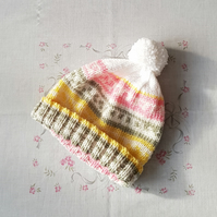 Girls bobble hat, hand-knitted