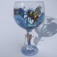 Let the Fun Bee Gin, Hand Painted Gin Glass