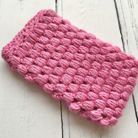 Crochet Mobile Phone Cozy Cover in Bubblegum Pink
