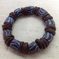 "7.5"" men's African bead bracelet with brown and blue beads"