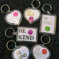 Be Kind keyring, Be Kind bag tag, keyring, bag tag, zip pull, party bag gifts.