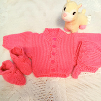 Knitted Cardigan Hat and Booties Set for a Premature Baby, Premature Baby Outfit