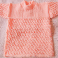 Shell Patterned Dress for a Premature Baby Girl With Long Sleeves