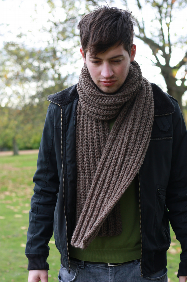 Knitting Patterns For Men Scarf : Men s Scarf Chunky Knit Scarf Brown - Folksy