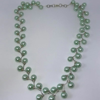 Diagonal Pearl Necklace