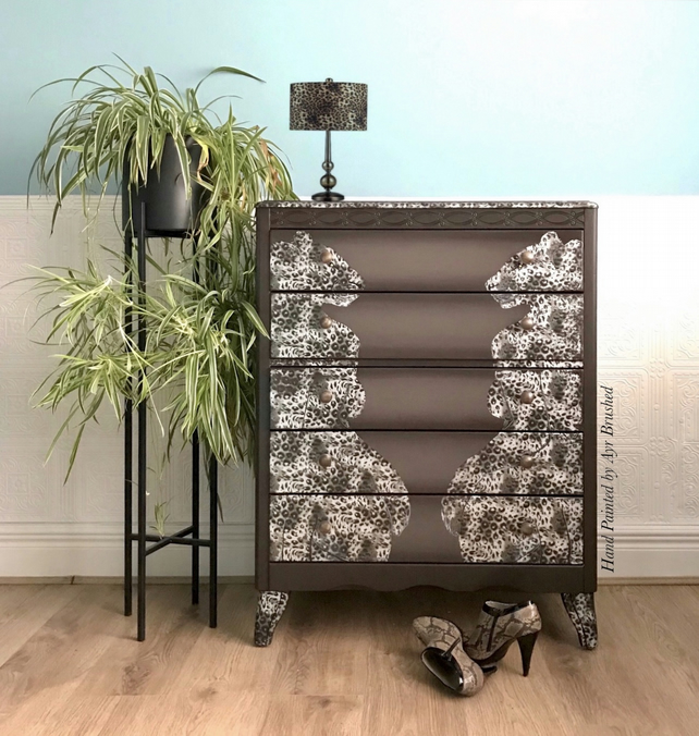 Snow Leopard Foil Drawers