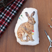 Hare Welsh Tweed Magnetic Plush Pin Cushion