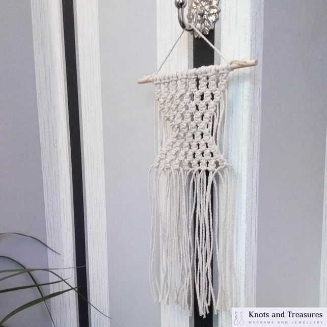 Small 100% Cotton Natural Beige Macrame Wall Hanging