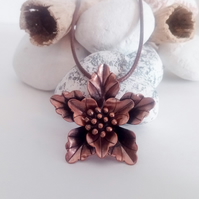 Antique Copper Plated Leaf Flower Pendant Leather Necklace