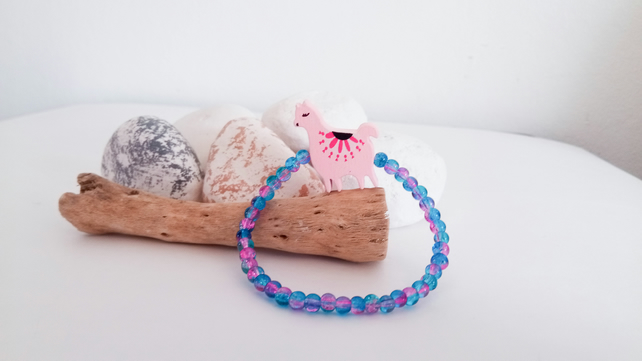 Small Alpaca Llama Crackle Bead Bracelet - Light Pink