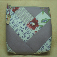 Floral Patchwork Make Up Bag