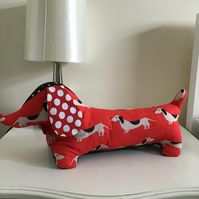Dachshund shelf sitter, Ornament