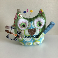 Owl pincushion and storage caddy in green. Reduced.