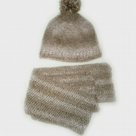 Hand knitted hat and scarf. Set