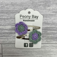 Girl's hair clips, flower clips, green & lilac