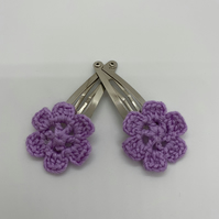 Girl's hair clips, pair of flower clips in lilac