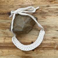 Chunky crochet necklace in white recycled cotton