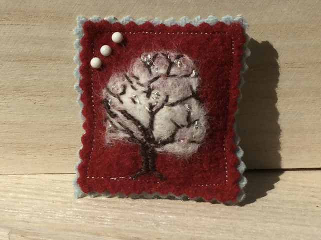 Winter pin cushion