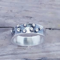 Pebble ring size O